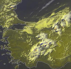 Fig. 1: Nowcast display at 1450 UTC Mon 15 July 2013 (zoom on Turkey): E-View satellite channel and detected lightning within the last 5 minutes.